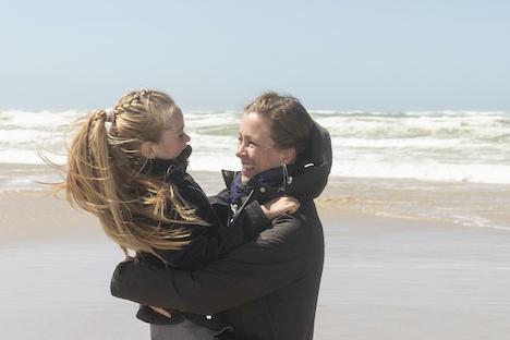 Flere børn får eksem: Bekymret mor går til kamp mod kemi og hormonkure
