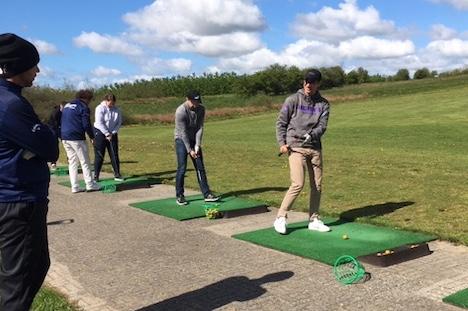 Nye golfspillere på Mors Dag