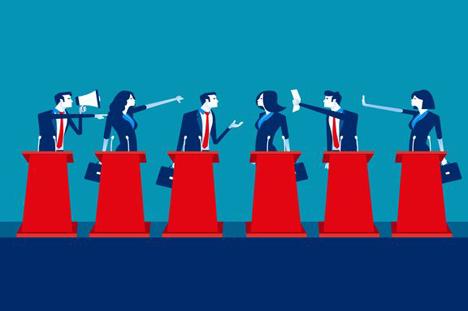 Politikerne lytter ikke, men sviner hinanden til