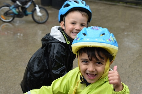 Børnehavebørn er vilde med cykellege