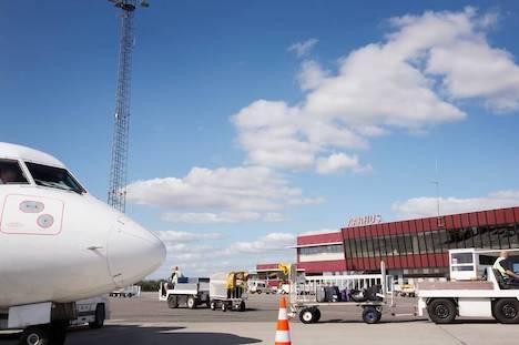 Aggressiv passager blev sat af i Aarhus Lufthavn