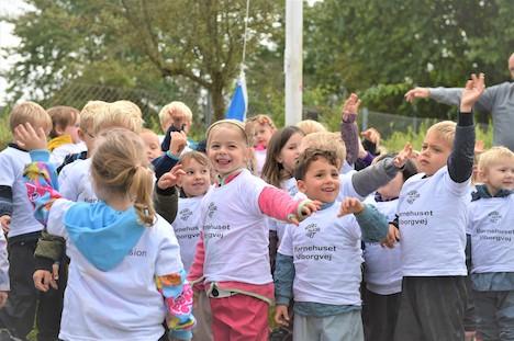 Børnehuset Viborgvej hejser flaget for leg i naturen